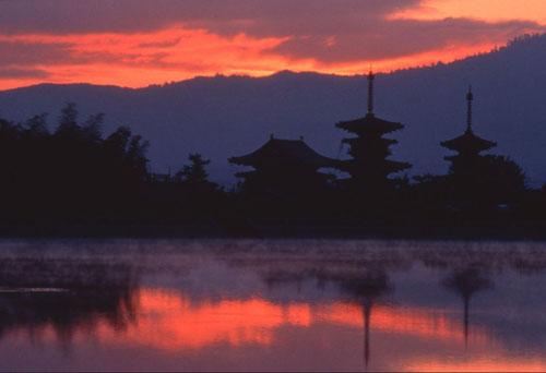 oferta japon esencial (guias locales en español)