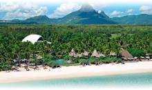 ISLA MAURICIO: HOTEL LA PIROGUE RESORT & SPA (Beach Pavilion)